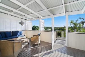 A balcony or terrace at A PERFECT STAY - Byron View