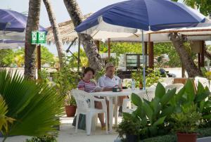 مطعم أو مكان آخر لتناول الطعام في صن رايز بيتش