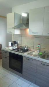 Een keuken of kitchenette bij Apartments Noris