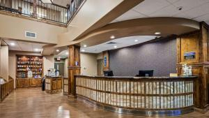 The lobby or reception area at Best Western Premier Ivy Inn & Suites