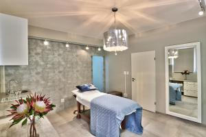 Spa and/or other wellness facilities at Ocean View House