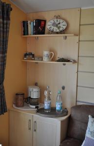 A kitchen or kitchenette at Ihr Wohlfühlurlaub in der Vulkaneifel. Durchatmen auf dem Ferienhof Thommes.