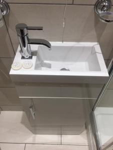 A bathroom at Crescent Hotel
