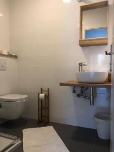 A bathroom at Guest House Marija