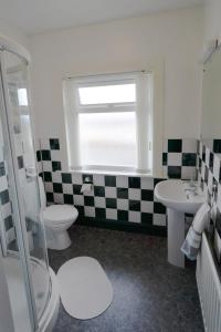 A bathroom at 64 Millbank Avenue
