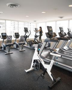 The fitness center and/or fitness facilities at One King West Hotel and Residence