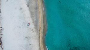 Blick auf Camping Ermosa aus der Vogelperspektive