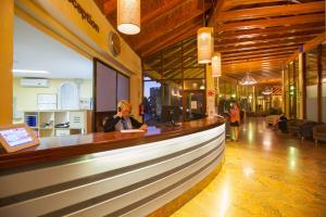 The lobby or reception area at Monte Feliz