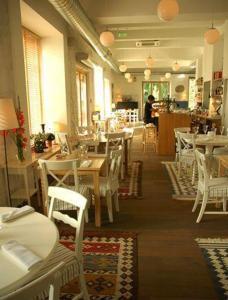 Restoranas ar kita vieta pavalgyti apgyvendinimo įstaigoje Lijo