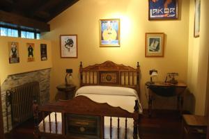 A bed or beds in a room at Casona El Gurugu
