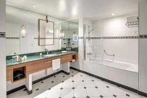 A bathroom at Hilton Imperial Dubrovnik