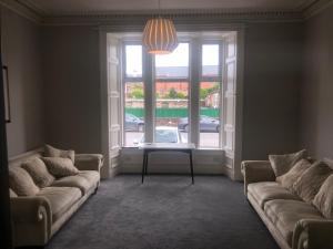 A seating area at Aberdour Guest House