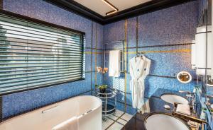 Um banheiro em Dinamo Hotel Baku - Adult Only