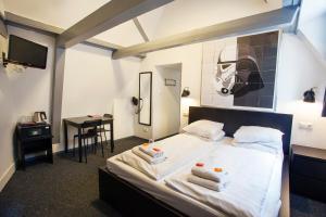 Cama ou camas em um quarto em St Christophers Inn at The Winston