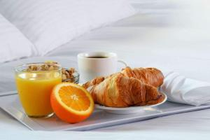 Breakfast options available to guests at Hotel Lyon-ouest