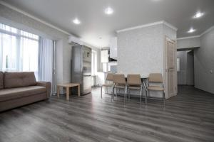Гостиная зона в Apartment on Kubanskaya 8A