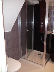 Salle de bains dans l'établissement Couleurs et jardin