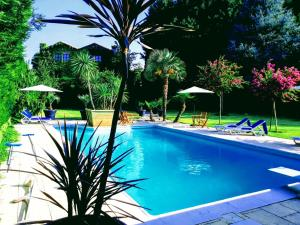 The swimming pool at or near Casa Do Prado Guesthouse