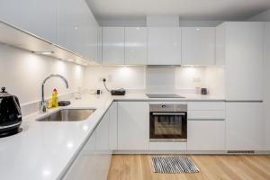 A kitchen or kitchenette at Gray's Inn road