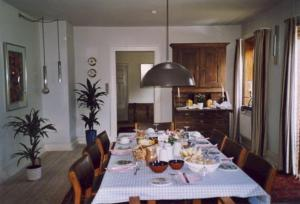 En restaurant eller et andet spisested på Brittas Bed & Breakfast