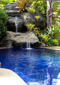 The swimming pool at or close to Pousada Cantagalo