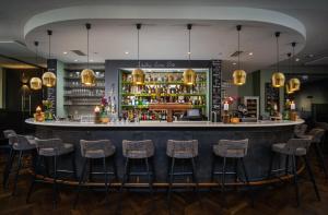The lounge or bar area at Van der Valk Hotel Hildesheim