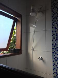 A bathroom at Pousada Preamare