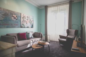 Coin salon dans l'établissement Hotel Mon Repos