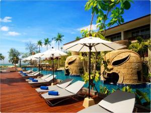 Bassein majutusasutuses Graceland Khaolak Beach Resort või selle lähedal