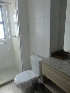 A bathroom at Beach Class Convention & Flats