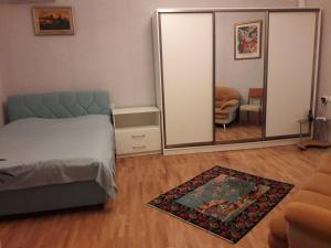 Cama ou camas em um quarto em NIZAMI Street 2