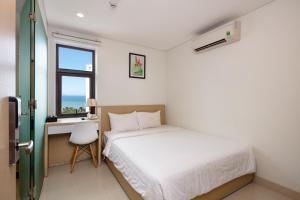 Кровать или кровати в номере Love Hotel