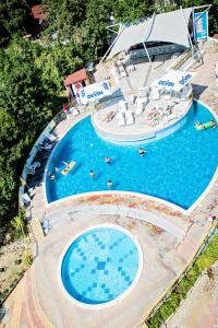 A view of the pool at Hotel Vladislav or nearby