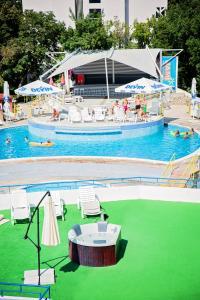 The swimming pool at or close to Hotel Vladislav
