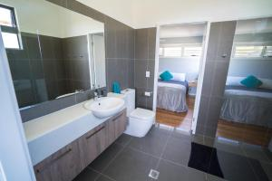 A bathroom at Tuffy's No. 2, 16B May Street, Crescent Head