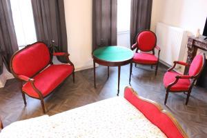 A seating area at Le Napoléon