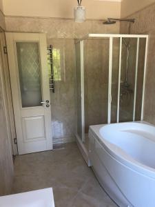 Ванная комната в Отдых на берегу озера