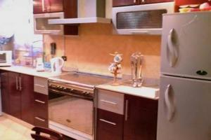 A kitchen or kitchenette at Apartment with nice Pyramids view