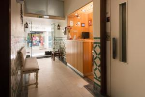 The lobby or reception area at Hotel Santa Barbara