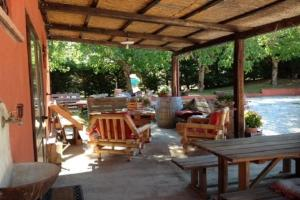 A restaurant or other place to eat at Agriturismo Collelignani