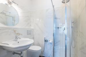 Um banheiro em 3110 ArtHotel