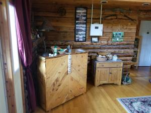 A kitchen or kitchenette at Inn on the Intervale