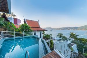 المسبح في جيرانا باتونغ أو بالجوار