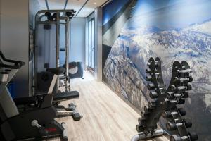 The fitness center and/or fitness facilities at Catalonia Gran Via BCN