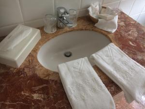 A bathroom at Bossenstein Golf & Polo Club