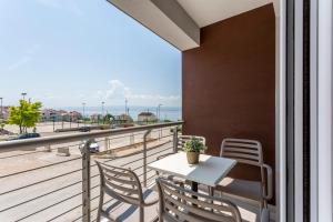 A balcony or terrace at Ringo Apartments