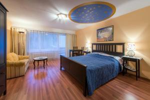 Ein Bett oder Betten in einem Zimmer der Unterkunft Badehotel Salina Maris – Wellness & Vintage