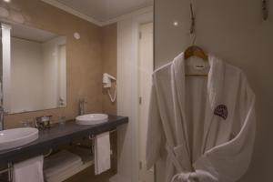 A bathroom at Hotel Do Colegio
