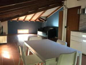 TV o dispositivi per l'intrattenimento presso Villa Donatella