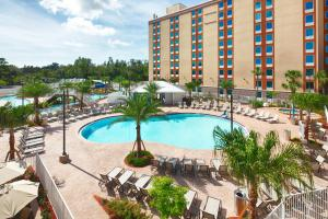A view of the pool at Red Lion Hotel Orlando Lake Buena Vista South- Near Disney or nearby